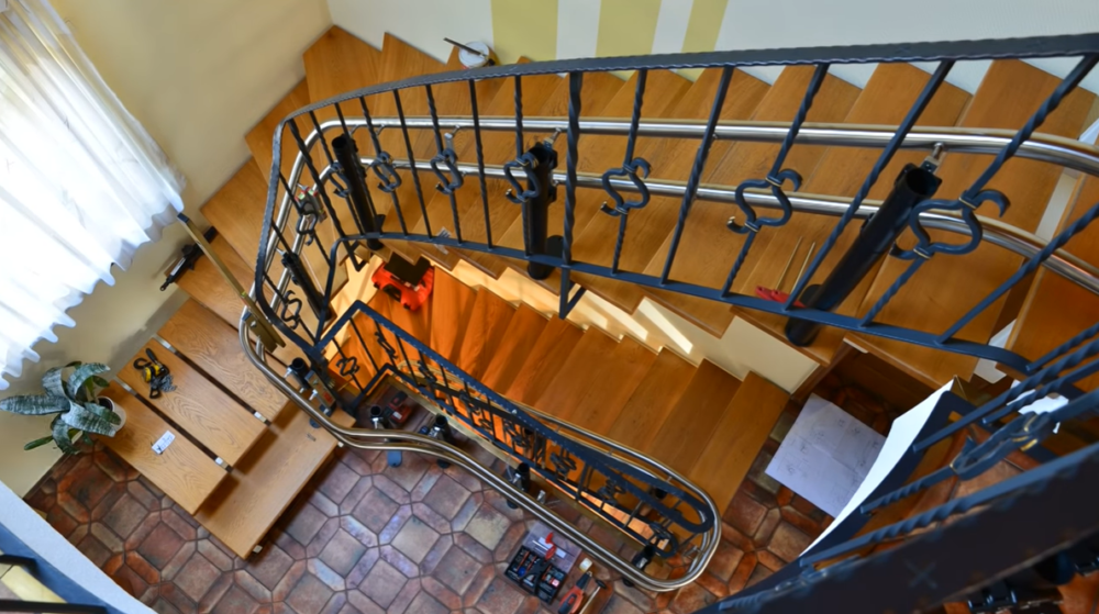 Die richtige Pflege für Ihren Treppenlift